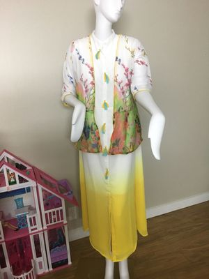 Beautiful indo western style gowns size large (40)