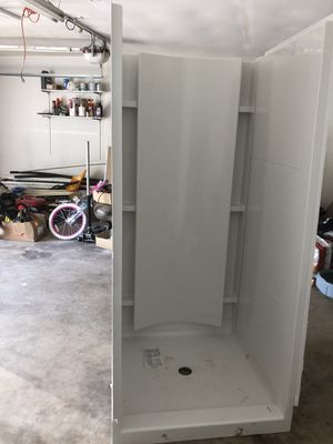 36x36 Sterling Shower with walls