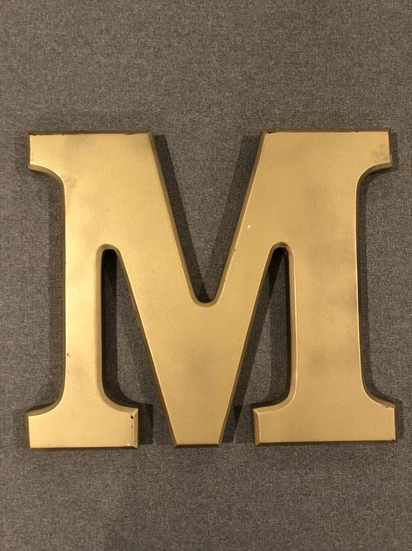 Old Fashioned Letter M Wall Decor Vignette - Wall Art Ideas ...