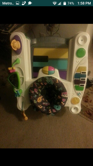 Baby's bouncer toy