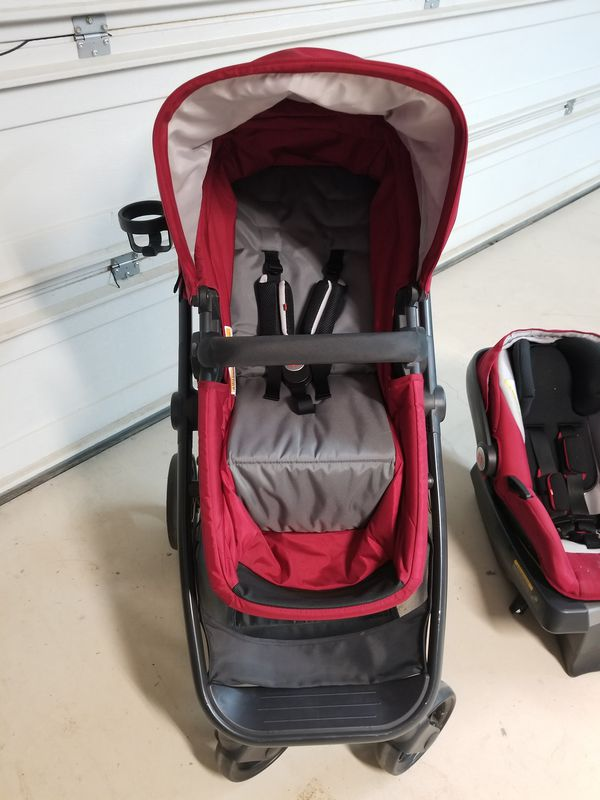 GB lyfe travel stroler and car seat (General) in Hemet, CA