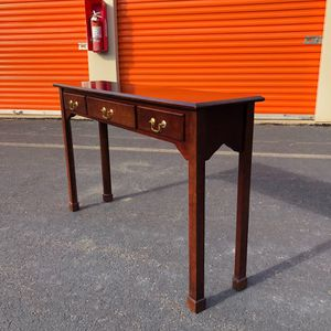 Bombay Entry Table