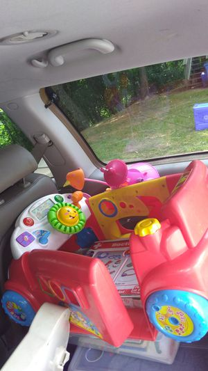 Song. Car for baby.