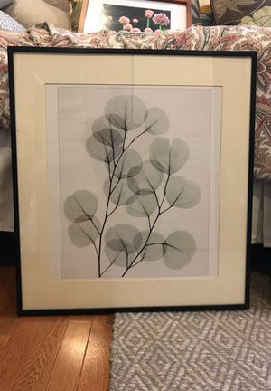 Floral print black and white art