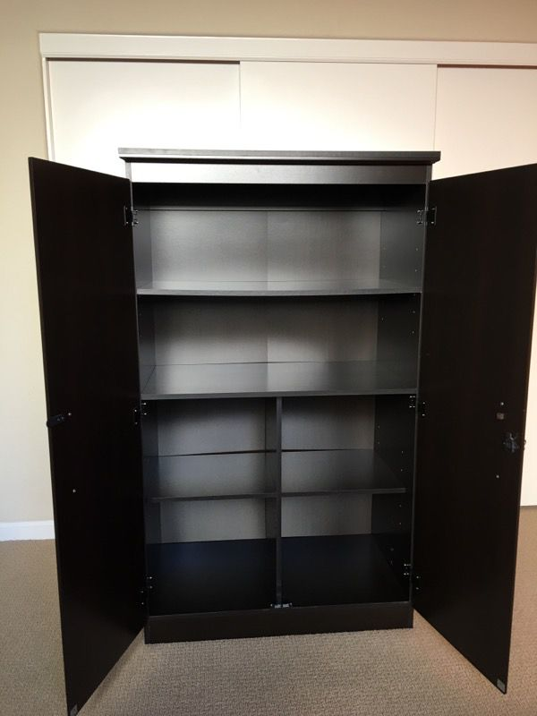 South Shore Morgan 2-Door armoire/wardrobe/Storage Cabinet with ...