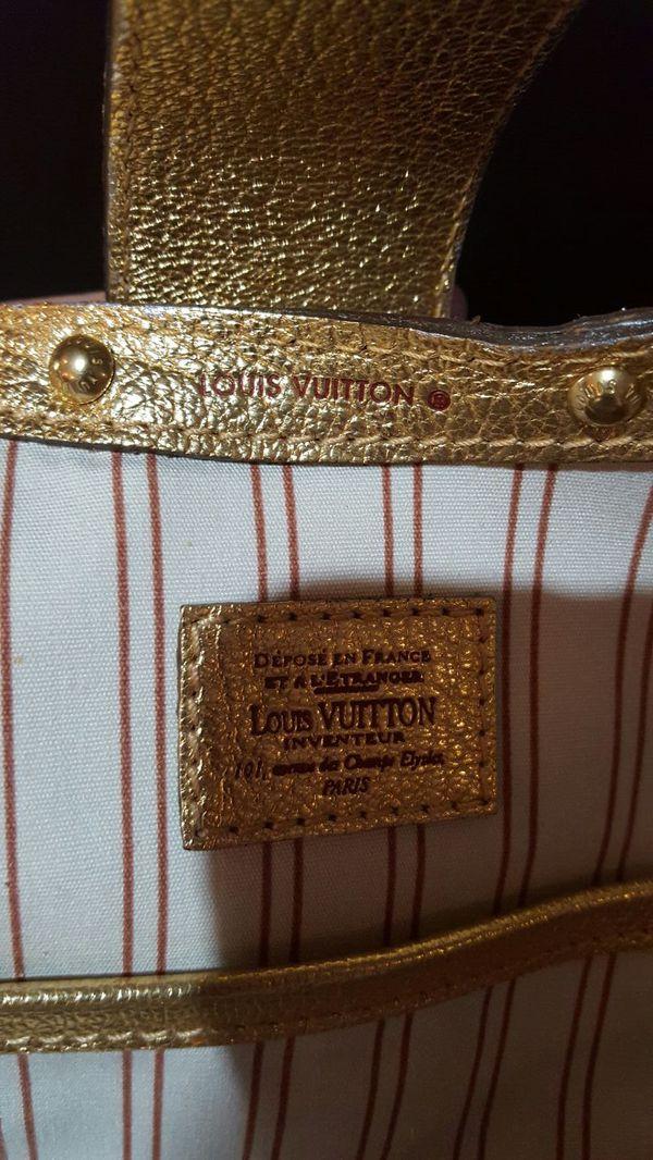Louis Vuitton Handbag Jewelry Amp Accessories In Burien