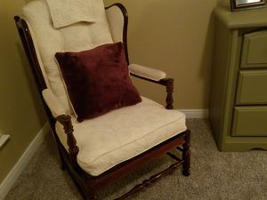 Beautiful vintage accent chair