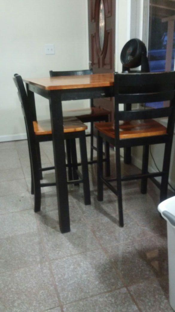 tall kitchen table furniture in renton wa offerup