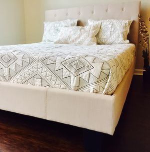 Ivory Tufted King Bed
