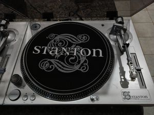 Stanton STR8-60 Direct Drive Turntables