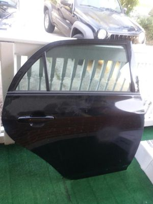 2010 Toyota Corolla right and left rear doors