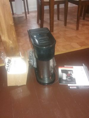 Bunn coffee maker includes filters