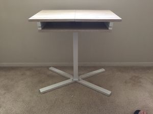 Small side/laptop table