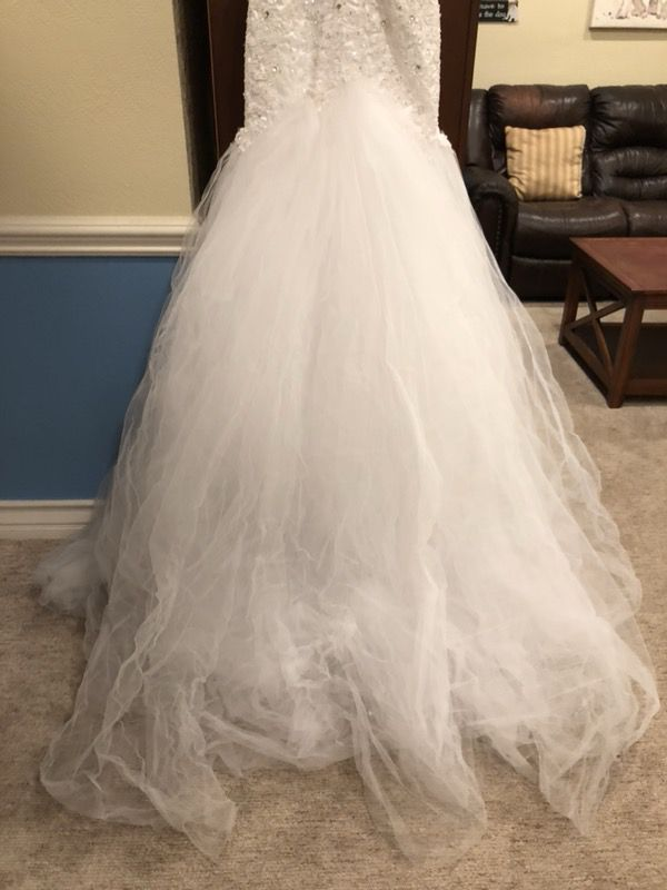 Wedding Dress (Clothing & Shoes) in Riverside, CA - OfferUp