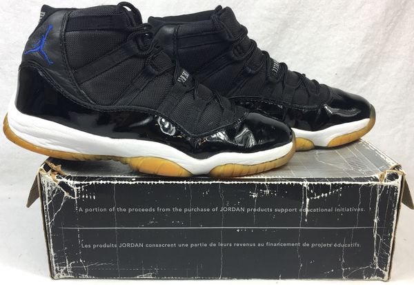 "Air Jordan 11 XI Retro ""Space Jam"" 2000 Release Men's Shoes Size 9  (Clothing & Shoes) in Santa Clara, CA - OfferUp"