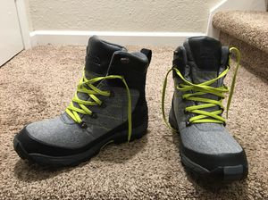 North face weather proof winter boots