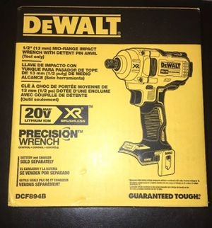 "DEWALT DCF894B 20V MAX XR 1/2"" Mid-Range Cordless Impact Wrench with Detent Pin"
