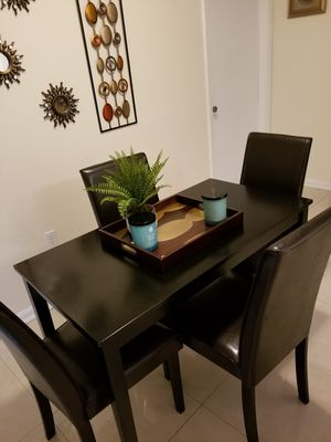 West Palm Beach FL Sabrina Young Ashley Dinette With 4 Chairs