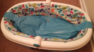Easy comfort baby bath tub