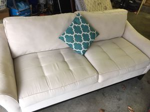 Like new sofa. It won't fit my attic living room. Will take best offer.