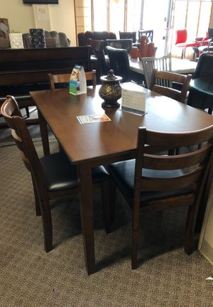 5pcs Dining Table Set We Offer No Credit Check Financing
