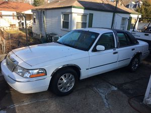 $3600 / OBO - White 2005 Mercury Grand Marquis - All SERIOUS Offers Negotiable!
