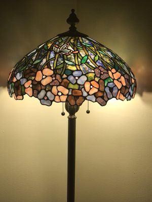 New elegant Tiffany floor lamp originally $3800