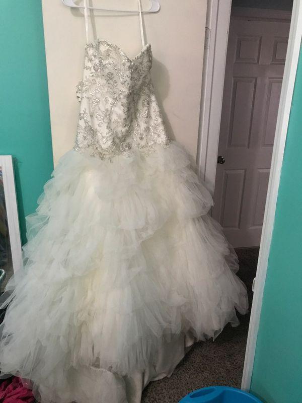 David\'s Bridal Wedding Dress (Games & Toys) in Augusta, GA - OfferUp