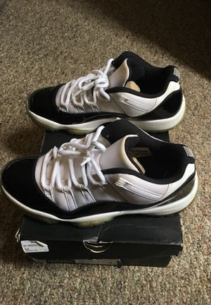 Air Jordan 11 Retro Low sz 10.5