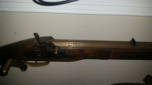 Old prop decorative gun. Doesn't work it's a prop!