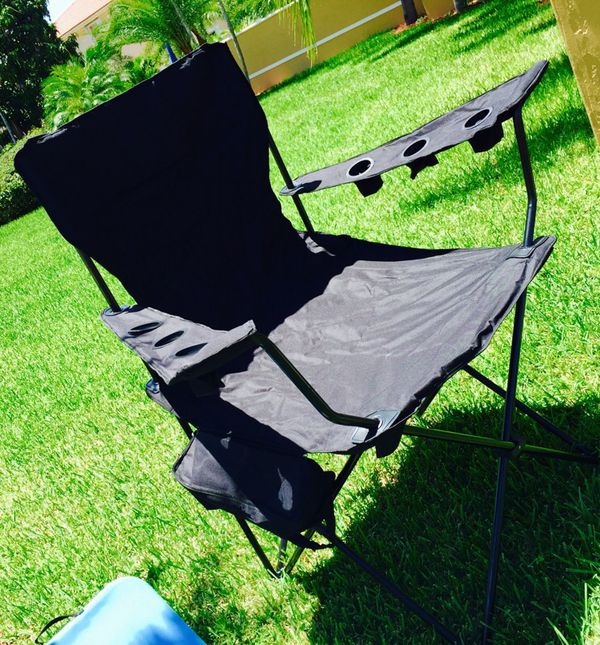 New HUGE Folding Beach Party Chair Sports & Outdoors in Miami FL f