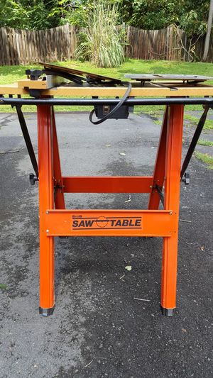 Hirsch router/saw table with extra inserts.