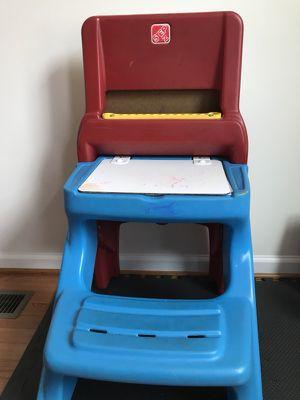 Step2 Easel & Desk