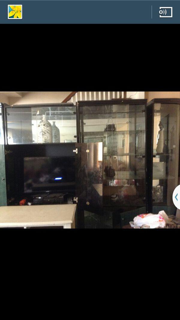 Free entertainment unit furniture in philadelphia pa for Furniture r us philadelphia