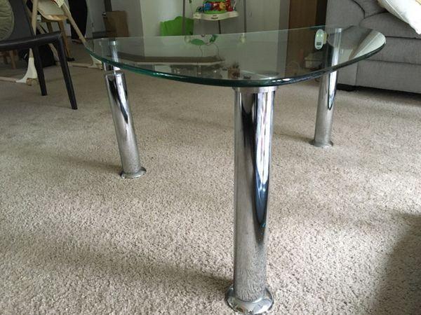 Dania Furniture Coffee Center Table Furniture In Bellevue Wa Offerup