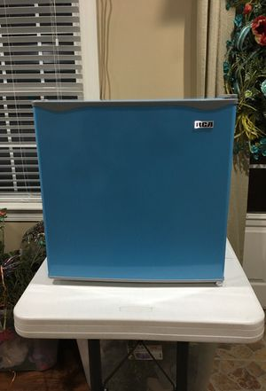 Blue Mini-Refrigerator - RCA Model RFR115-D-Blue
