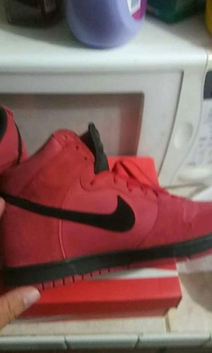 Suade Red black Nike dunks size 10