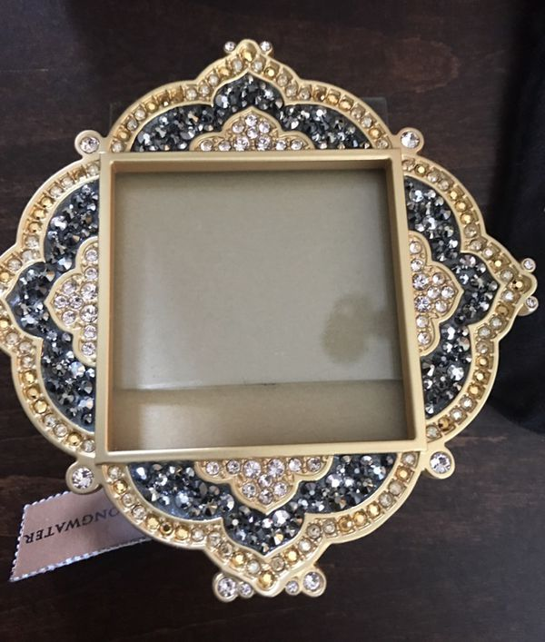 Jay Strongwater Frame -- new in box with tag (Furniture) in Coral ...