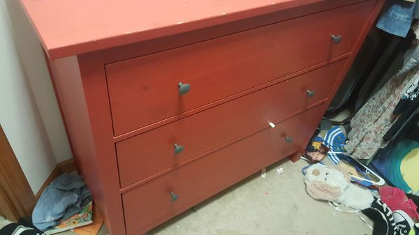 Ikea dresser furniture in everett wa offerup for Furniture in everett wa