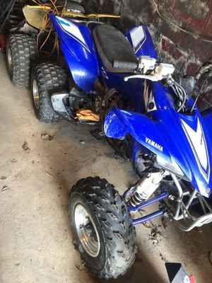 Selling 2005 yzf 450 with about 20 hrs on it. Been garage kept everything stock tires didn't ride much.