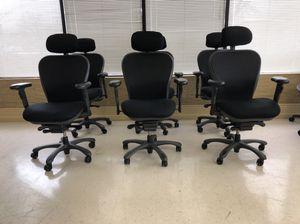 6 matching Nightingale CXO 6200D ergonomic chair