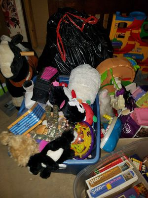 Very large lot of infant/toddler toy's