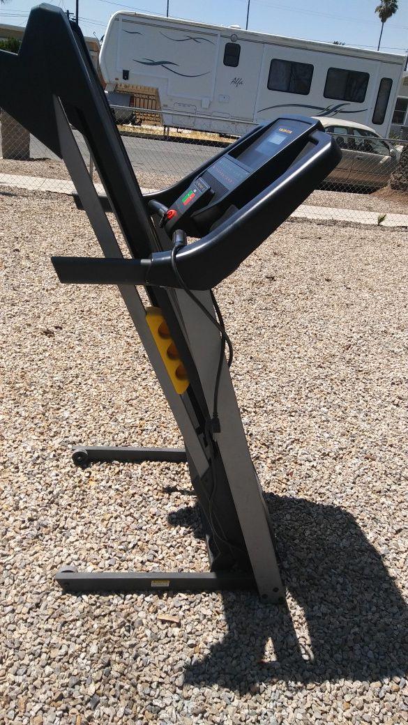 Golds Gym Trainer 420 Treadmill Cars Trucks in Hemet CA
