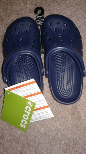 Crocs size 10 to 11
