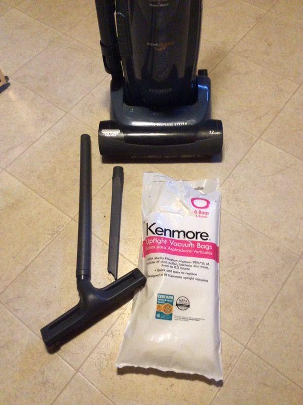 Kenmore Progressive Upright Vacuum 5 Hepa Filter Bags Household In Greensboro NC