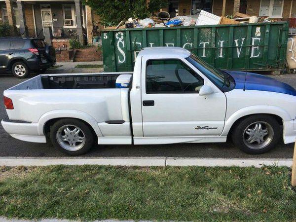 Chevrolet s10 año 2000 126 mil millas $2800