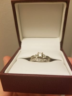 Engagement ring wedding set