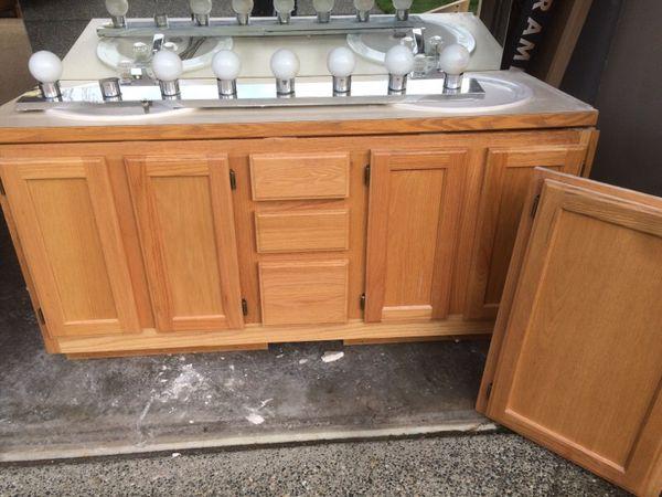 Double Bathroom Vanity Set Home Garden In Everett Wa
