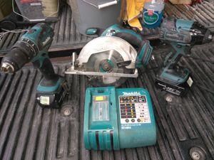 Set de drill Makita perfectas condiciones la Sierra incluida precio firme
