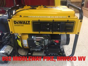 DeWalt DXGNR7000 Like New Generator